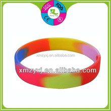 Hot Sale Promotional Gifts Popular rainbow color bracelet cool funny cheap fashion silicone wristbands