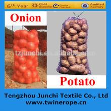 cebolla raschel bolsa de malla con diferente tamaño y color para la venta