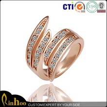 Exuqisite Rose Gold Women Men Finger Ring Inlay Rhinestone, Fashion Jewelry New Design Ladies Finger Ring Wholesale