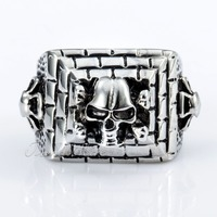Trendsmax 18mm Gothic Silver Tone 3 Layers Brick Crossbone Skulls Mens Boys Ring 316L Stainless Steel Ring