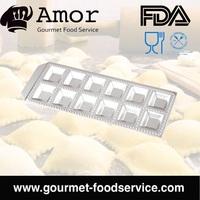 Aluminum Non-Stick Dumpling Ravioli Cutter Press Maker