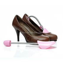 Best selling plastic adjustable shoe stretcher/shoe trees
