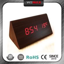 Wholesale Price Best Selling Latest Designs Concise Style Desktop Digital Projection Led Clock Time Keyring Keychain