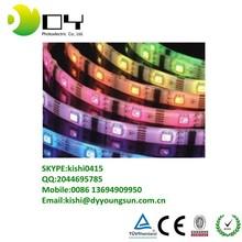Usine prix LED bande 5050 RGB ip68 5 m / roll conduit Flxible bande RGB LED lights bande