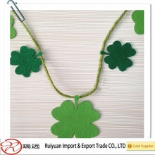2015 Hot Sale Laser Cut Customized Christmas Felt Hanging Ornament for Home Decoration
