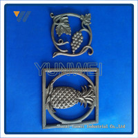 China Custom-Made Non-standard Ornamentals Leaves Cast Iron Flower