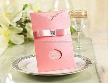 Design special wedding card chest