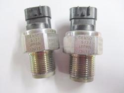 06-09 TOYOTA Hilux 2AD-FTV Common Rail Pressure Sensor 89458-71010 / 499000-6120 fit for:s Toyota Hiace 3.0L D4-D 1KD-FTV / 2KD