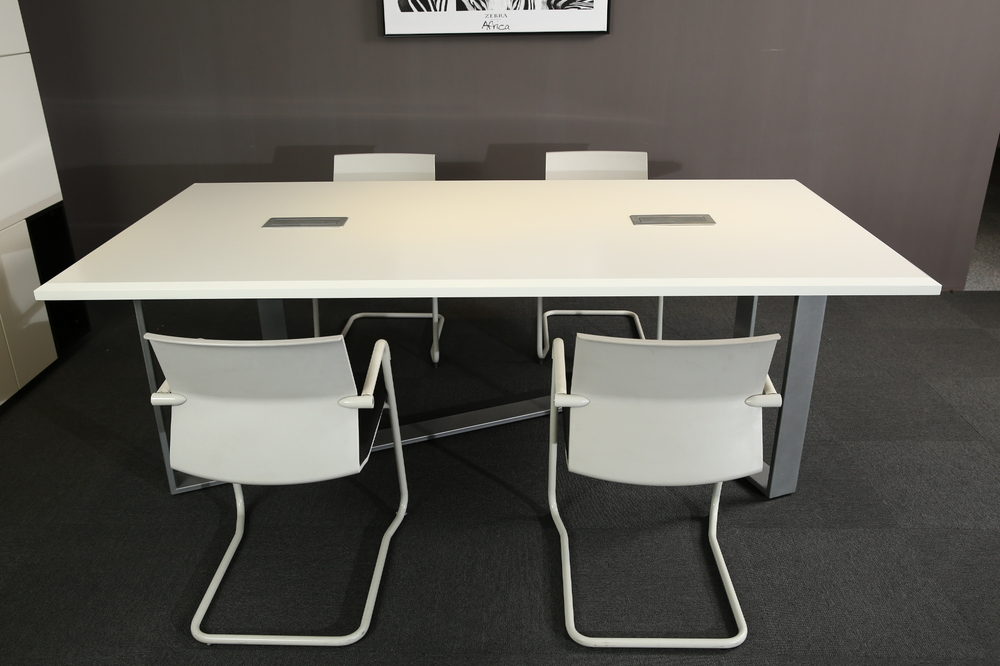 nuevo mobiliario de oficina moderna conferencia de reposteria