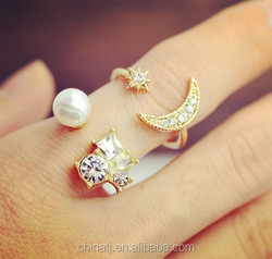 Hot New fashion jewelry pearl rhinestone moon star finger ring set
