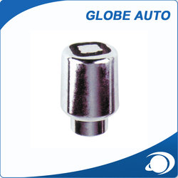 Professional mould design factory supply white lug nuts