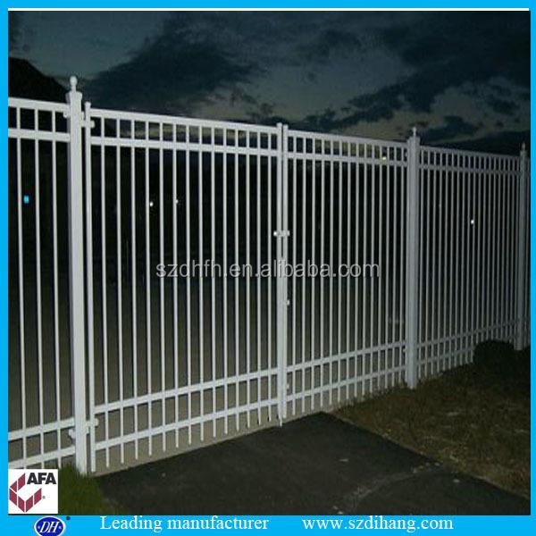 Security flat top black powder coated aluminum fence