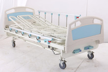 Economy type Three Manual Crank Rolling Hospital Bed