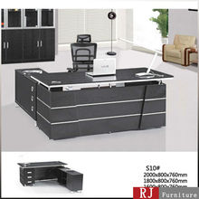 "Modern black color Executive ""L"" Desk with silver decoration"