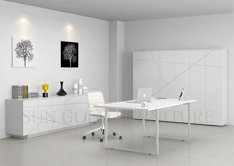 El minimalismo moderno blanco de alto brillo de escritorio for Minimalismo moderno