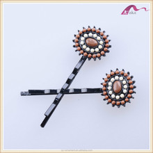 Newest fashion hot sale design hair ornaments /hair grips with beads