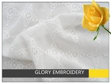Vintage diseño de la flor de la gasa de poliéster bordado de tela de encaje del vestido