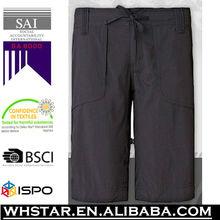 pantalones cortos de golf de los hombres