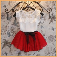 Spot new Korean girls suit children fly sleeve lace stitching chiffon girl dresses pleated white t-shirt with two-color