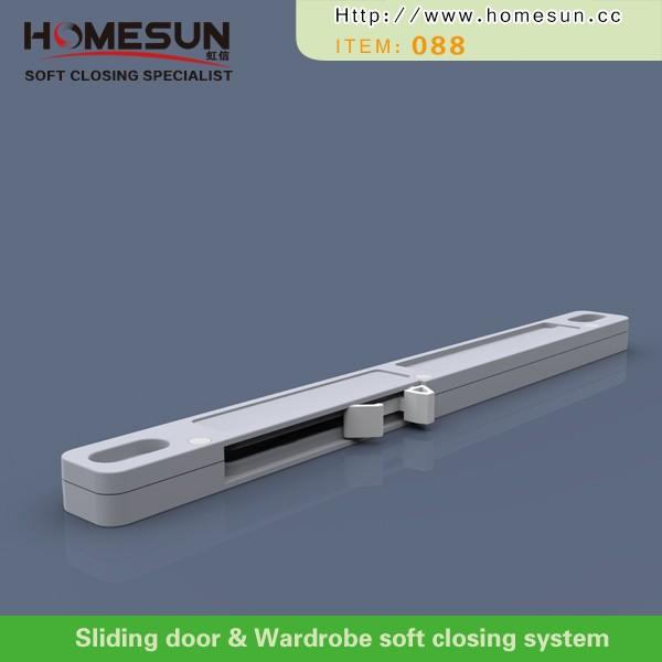 Mecanismo de cierre suave para la puerta corredera del - Mecanismo puerta corredera ...