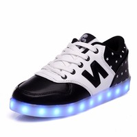 2015 Made in China stylish led flashing shoes for men and women in big sizes