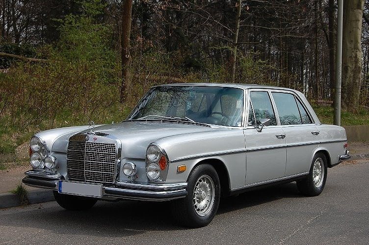 Mercedes benz 280sel 4 5 classic model buy used car for Old mercedes benz models