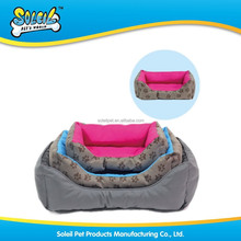 China Pet Product Manufacturer Premium Quality Multi Designs Patterns Comfortable Oxford Luxary Pet Bed Dog Bed