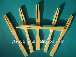 Natural disposable bamboo and wooden fruit forks