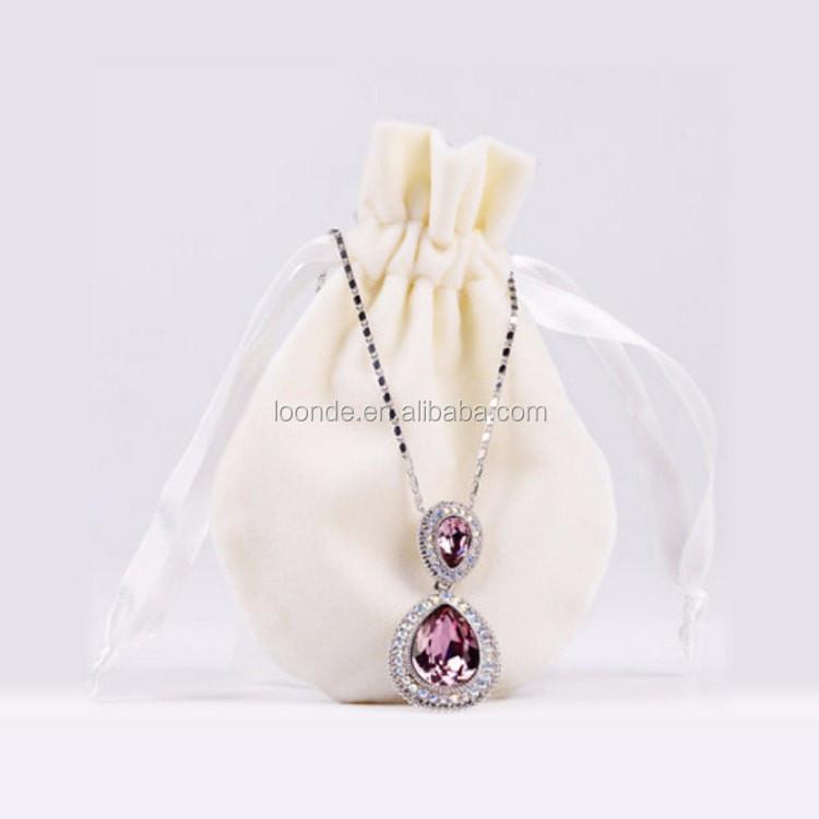 velvet necklace bag (3).jpg