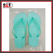 Fashion design eva flip flops for women high quality beach slippers comfortable beach nude slippers