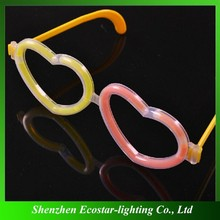 Fashionable heart shape glow glasses for party decoration