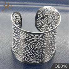 Free sample Silver Cut Out Pierced and Bend Bracelet