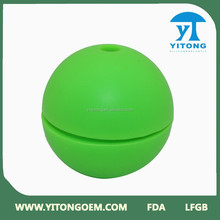 2015 China good supplier Green silicone ball shaped ice cube tray