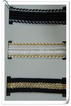 plano de rayón tejido de encaje con el embalaje de alambre de oro