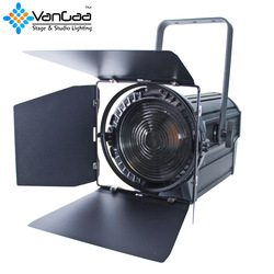 fresnel spot light with zoom
