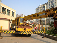 Used Rough Terrain Crane 25 ton for sale,kato kr25h-v