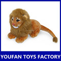Realista venta de la fábrica del león de la felpa