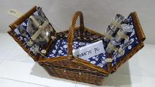 new design fashionable 2 person willow picnic basket with cooler bag