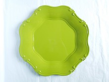 PP material decorative charger plastic plates with spring color