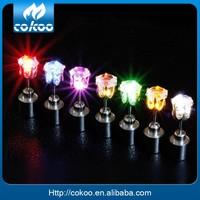 HOT!!Cheap Led earrings wholesale,party favor free samples led lighting earring stud flashing led earrings OEM