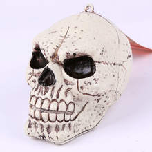 YIWU Caddy HP-035 Halloween skull props, haunted house bar room escape the scary decorations, resin small skull