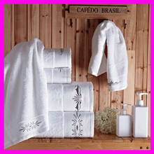 Customized hotel super quality face towel/ white colour with embroidery