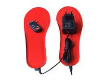 wireless remote shoe insoles using silicone heating piece