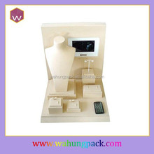 Popular jewelry sets display stand with customized video design