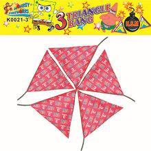 Loud triangle firecrackers or cracker bomb fireworks MK0021-3