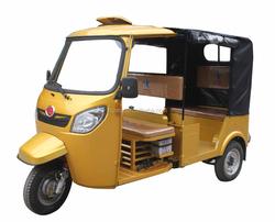 three Wheel Motorcycle for Passenger Bajaj Type