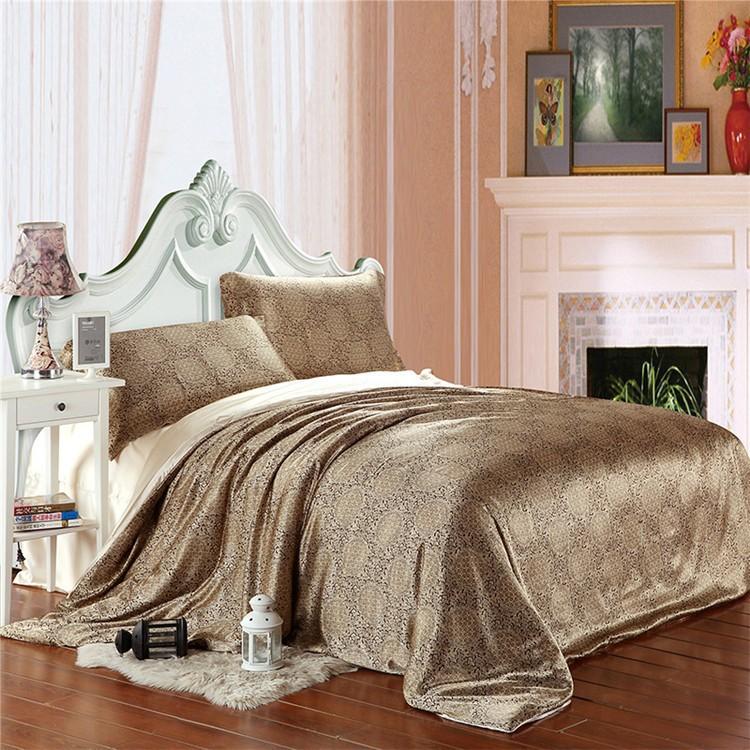 Silk Bedding Sets (4)