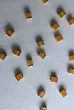 3528 Tantalurn capacitor 100 uf Capacitance 2.8mm Depth