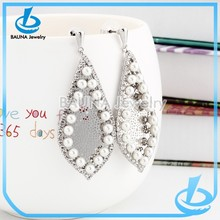Wholesale fashion lots mini pearl tear drop earring