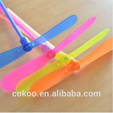 new design LED Bamboo Dragonfly Flash Bamboo Dragonfly Flying Flashing Toy Baby Kids Classic Outdoor Funny Sports Toy